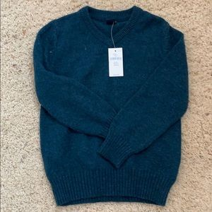 NWT sweater for kids